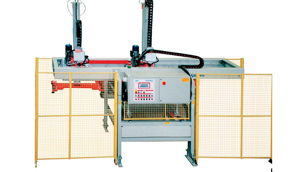 MCT – Machine for loading/unloading baskets for tiles, with gripper